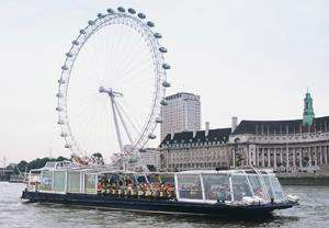 2 people or Family to cruise on the Thames. Hop on/off for 24 hours £13.26 @Buyagift