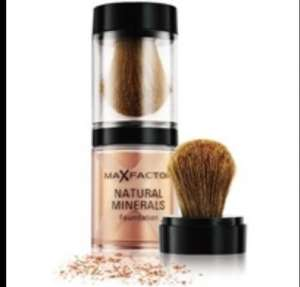 Max Factor Minerals foundation £1.99 at Semichem