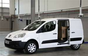 Looking for a small van for your business? Peugeot Partner 850 S 1.6 HDi 92ps with Side Load Door and Plus Pack from £119/mth at VansDirect