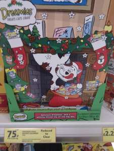 Dreamies cat xmas advent calender with treats & whizzy mouse toy 75p @ Tesco