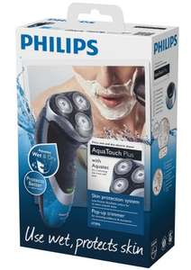 Philips AquaTouch AT896 Wet and dry electric shaver only £25 @ Tesco instore