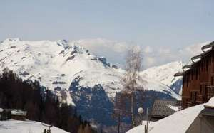 This weekend ski holiday incl flights,transfers and chalet board £239pp or 26th £299pp  La Plagne