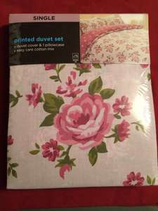 Very pretty Cath Kidston-style pink rose single duvet set £2.50 @ Asda
