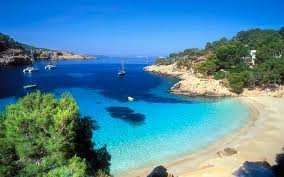 Spain 4 Night Breaks from £56.48pp - Price includes Hotel & Flights flying from various airports - Upgrades available, 4* from £83pp and All Inclusive from £113pp @ Travel Republic - Total Price for 4 x Passengers =