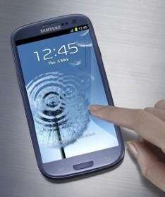 Samsung Galaxy S3 Pebble Blue SIM Free - £260.10 - Amazon Prepaymania
