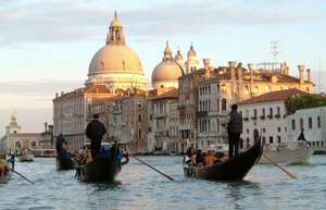 4 nights Venice from east midlands with Ryanair 2 adults with return flights and 3* hotel included with breakfast good hotel tripadvisor reviews £154.06 for 2 adults or£77.03 pp @Bravofly
