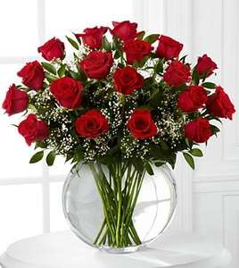 18 Luxury Red Roses at Morrisons for just £10
