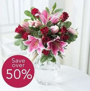 Pure Elegance (Rose and Lily) 50% off - £14.48 inc Next Day Delivery + 10% off using AWFFFEB10 and possible 15% Quidco @ Flying Flowers