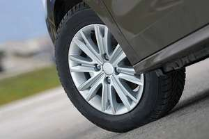 Alloy Wheel Refurbishment £25 for 1, £49 for 2 or £90 for 4 (Up to 55% Off*) at Midlands (near Jewellery Quarter, Birmingham) offered via Groupon.