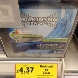 Wilkinson Sword Hydro 5 Power Select 8 in a pack normally £17.49 now £4.37 @ Tesco instore