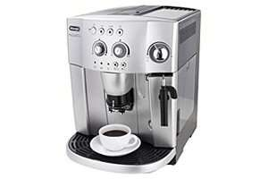 De'Longhi Magnifica ESAM4200 15-Bar Bean to Cup Espresso/Cappuccino Maker for £245.35 @ Amazon
