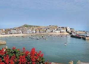 St Ives Holiday Village, Easter Weekend 3 nts upto 6 people £99 @ Hoseasons also avaiable on11th (3 nights) or the 14th/21st for 4 nights for £99 up to 6  people( credit to ssmitchell23 ) Possible 5.25% Cashback with Top Cashback Also