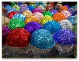 EDIBLE GLITTER 8G ONLY 59P @ HOME BARGAINS
