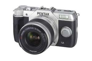Pentax Q10 Camera with 5-15mm Lens Kit (Silver) £160 @ Amazon