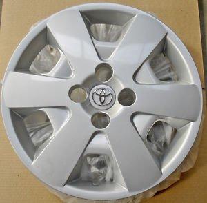"Genuine TOYOTA 15"" Wheel Trim x 4 (Set) £34.00 @  eBay/ merlin_international"