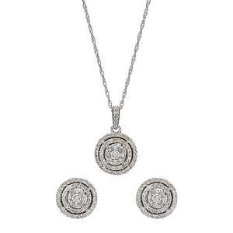 1 Carat Diamond Pendant for £99.99 @ H Samuel