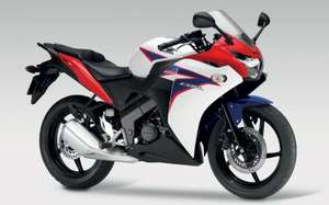 NEW Honda CBR125R 0% APR for 36months @ £97.22/m - Total £3599 @ Honda