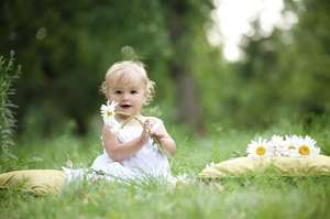 'Watch Me Grow' baby photo plan -nationwide - 3 photo shoots and prints - £8.99 at KGB Deals / activitysuperstore.com