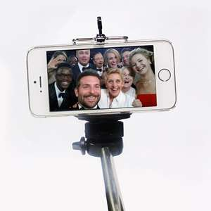 Monopod Selfie Stick Telescopic Mobile Smart Phone iPhone Camera Handle Holder £7.99 + FREE Delivery @ busters-2009  ebay