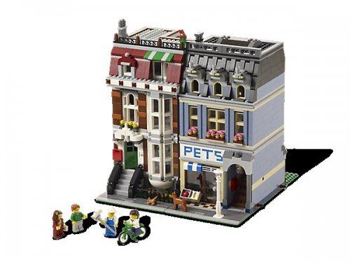 Lego 10218 Modular Pet Shop & Town House £95.99 @ Smyths