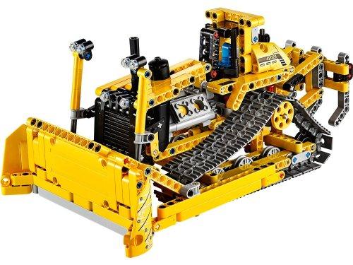LEGO Technic 42028 Bulldozer £25.00 at Amazon