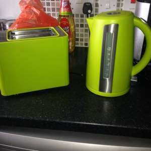 Kettles & Toasters reduced to £13.33 each - Sainsbury's instore