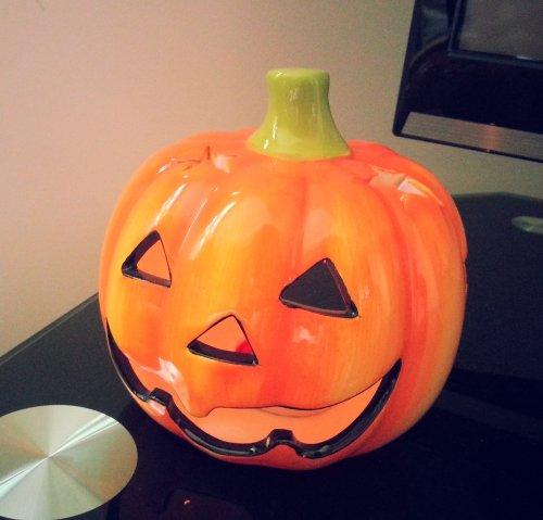 Halloween ceramic tea-light pumpkin holder £1 @ Poundland