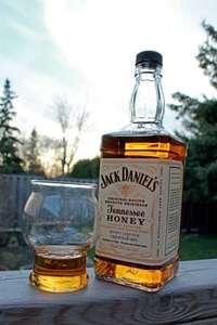 Jack Daniels Tennessee Honey 70cl ONLY £15 @ ASDA