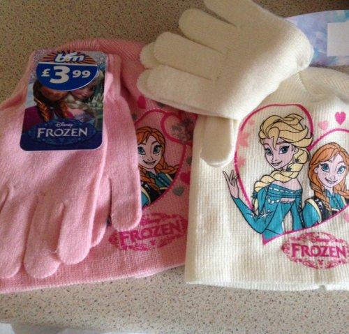Frozen hat & gloves £3.99 B&M