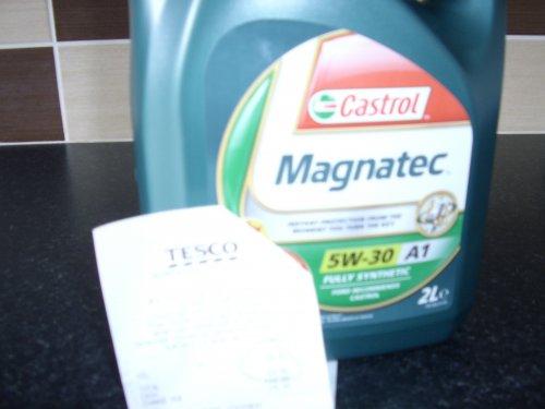 Castrol Magnatec 5W-30 2 Litre reduced to £4.50 tesco