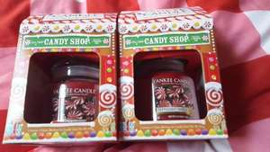 2 x Medium Yankee Candle Peppermint Swirl £9.99 @ Clintons instore