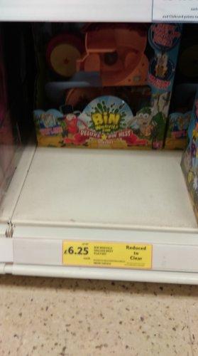 Bin weevils deluxe bin nest with figure £6.25 @tesco rrp £25 instore