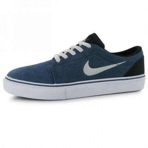Nike Satire Junior Boys Skate Shoes Size 4 - £18.49 delivered @ Sports Direct