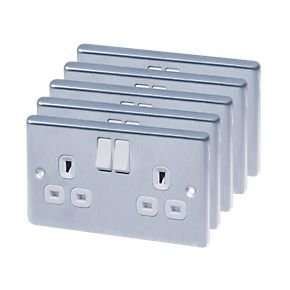 Double Polished Chrome Sockets pack of 5 £13.98 @screwfix