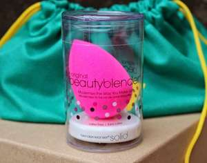 £12.95 for the Original Beauty Blender with soap cleanser+other beauty samples including the BENEFIT highbeam (RRP for just BeautyBlender is £26)