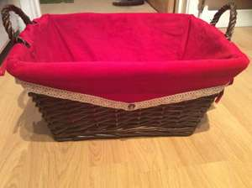 Luxury hamper basket @ Home Bargains