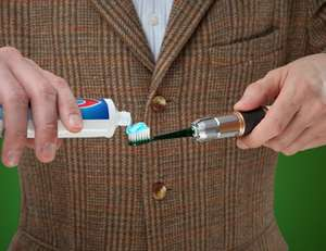 Doctor Who Screwdriver Sonic Toothbrush Vibrating Includes Spare Toothbrush Head - £6.95 @ 3monkeys  ebay