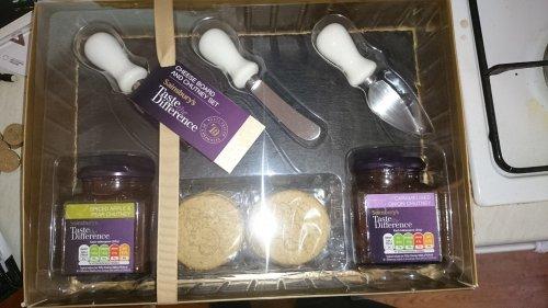 Sainsburys Slate Cheeseboard Gift Set £7.50