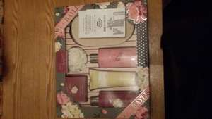 Baylis & Harding Royal Bouquet Gift Set £2.50 @ Asda
