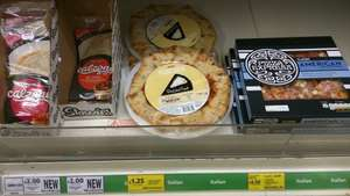 """Stuffed Crust Pizza Base 10"""" £1.25 @ Tesco"""