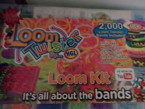 Loom Bands MEGA BUMPER PACK (loom inc) £2 @ The Works