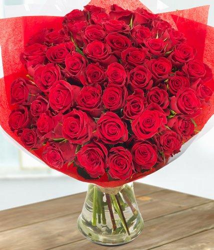 50 Red roses home delivery Valentines? £29.71 @ eflorist + cashback