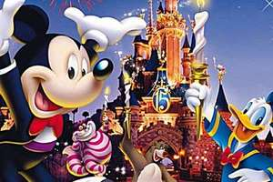 Disneyland Paris Day Pass BOGOF including February half term 45 EUR / £35.50 plus child goes free with every paying adult