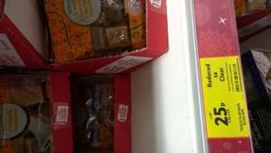 Tesco chocolate flapjack square reduce to clear 25p