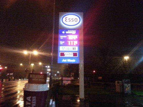 Esso Govan Glasgow. Great non super market fuel price. pretol £1.049 / diesel £1.199
