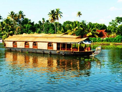Winter sun Kerala and Dubai two centre £409 @ kayak (Sri Lanka cheap too)