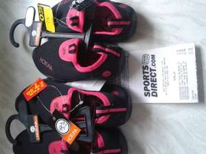 childrens hottuna black and pink swim shoes 79p @ Sports Direct instore