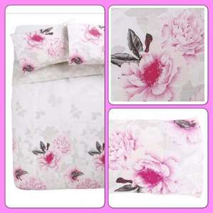 Pretty floral double duvet set with two pillowcases from Tesco direct £9.00 free C&C