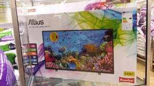 Altius 32 inch hd tv £149.99  Aldi