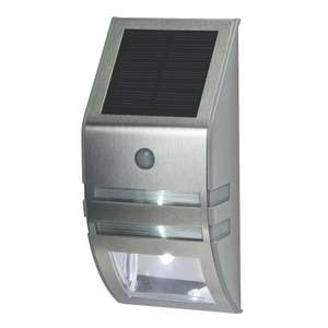 Lap Solar Powered LED Bulkhead Light with PIR £15.99 at Screwfix